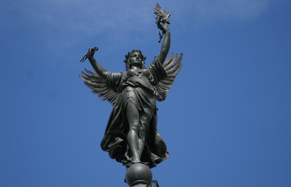 statue des girondins.2