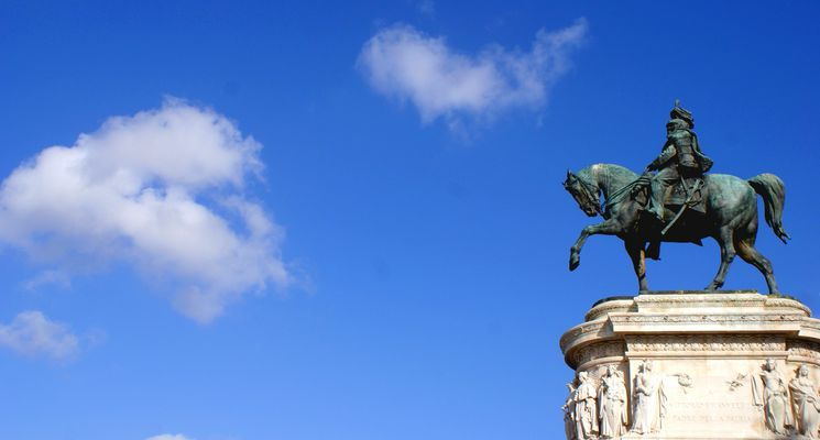 Statue victor emmanuel II