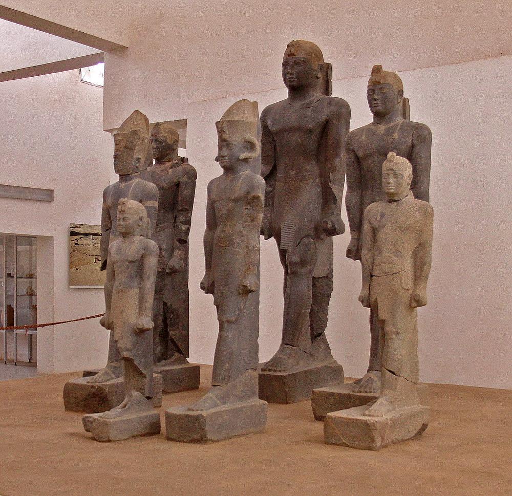 Statuen im Kerma Museum im nördlichen Sudan.