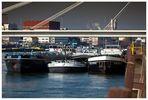 Stau im Hafen MA 1
