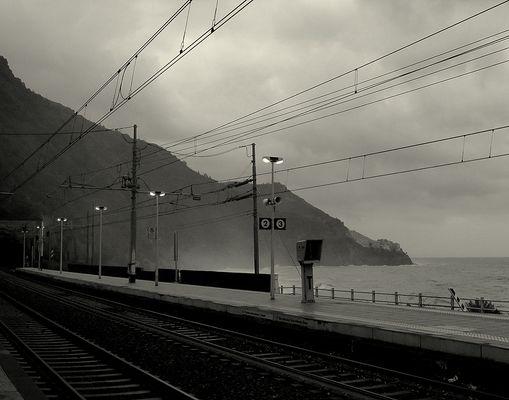 stazione in inverno