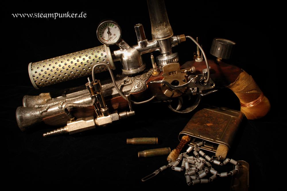 steampunk gund - raygun