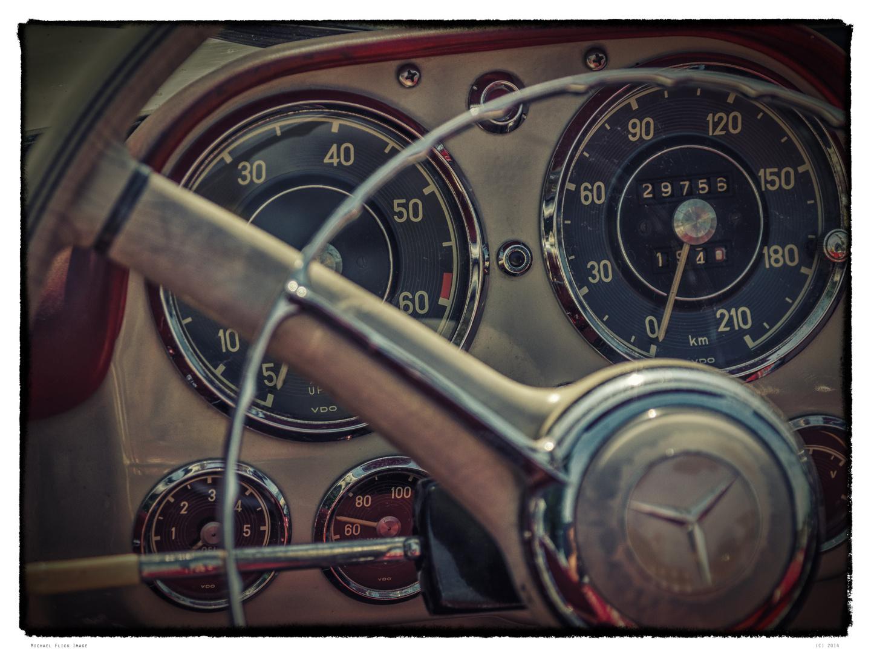 Steering Wheels & Dashboards 4