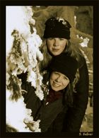 Steffi und Verena im Schnee