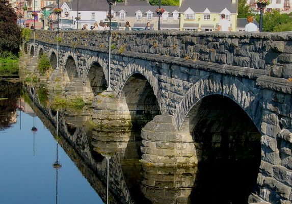 Steinbrücke in Killorglin, Irland