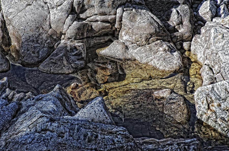 steine im Gletscherbach -02