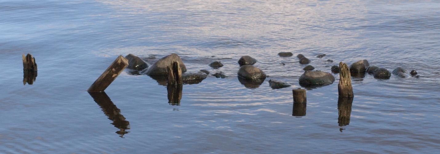 Steine im See