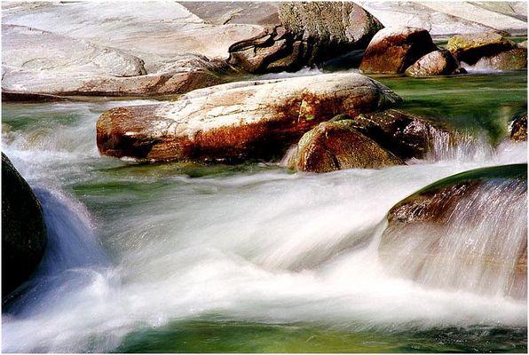 Steine und Wasser  2