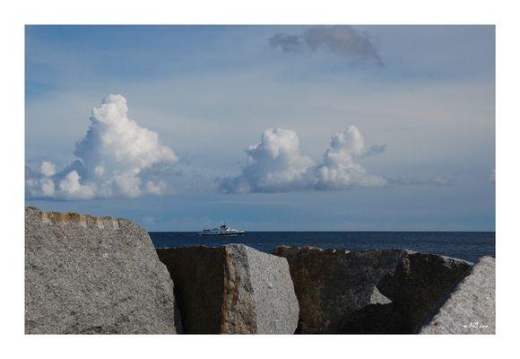 Steine und Wolken.....