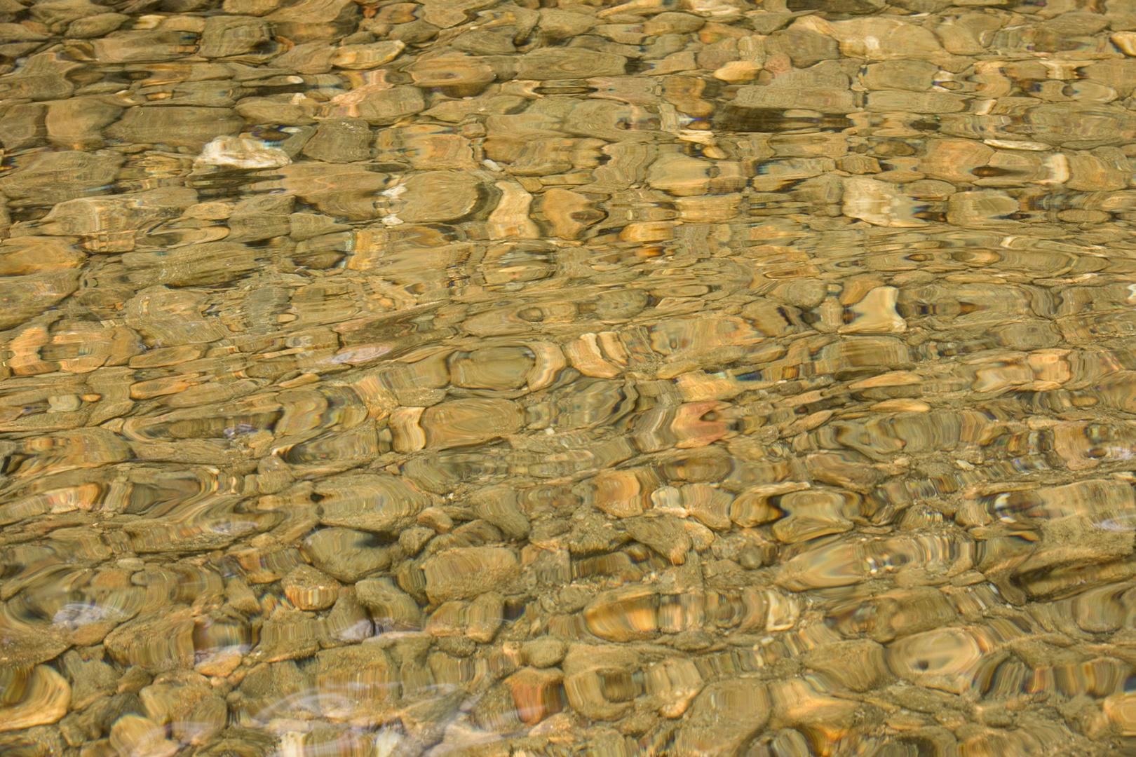 Steinen Wasser und Luft