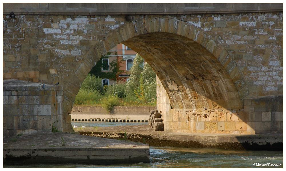Steinerne Brücke...
