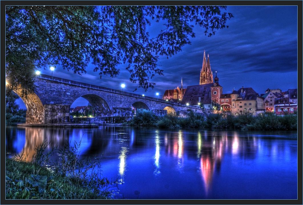 Steinerne Brücke ( Regensburg ) erbaut 1135 - 1146