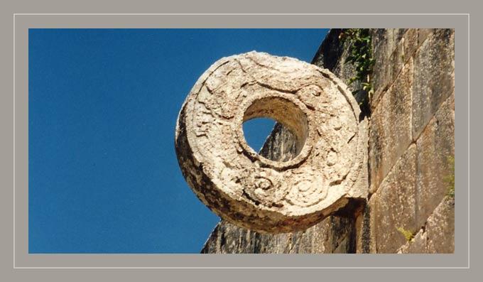 steinerner Ring - Chichen Itza - Mexico
