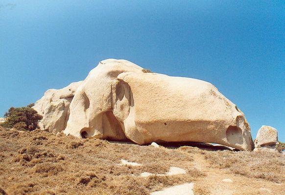 Steinfiguren auf Sardinien