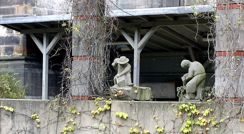 Steinmetze in Stein
