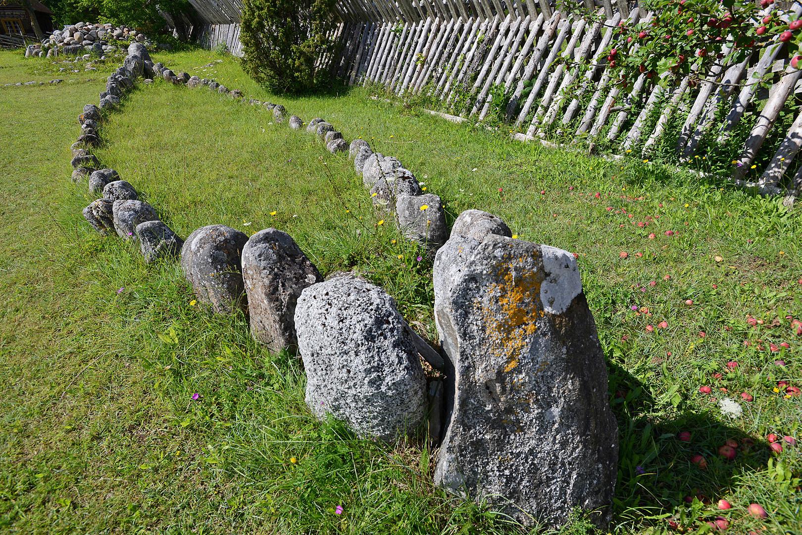 Steinsetzung auf Gotland