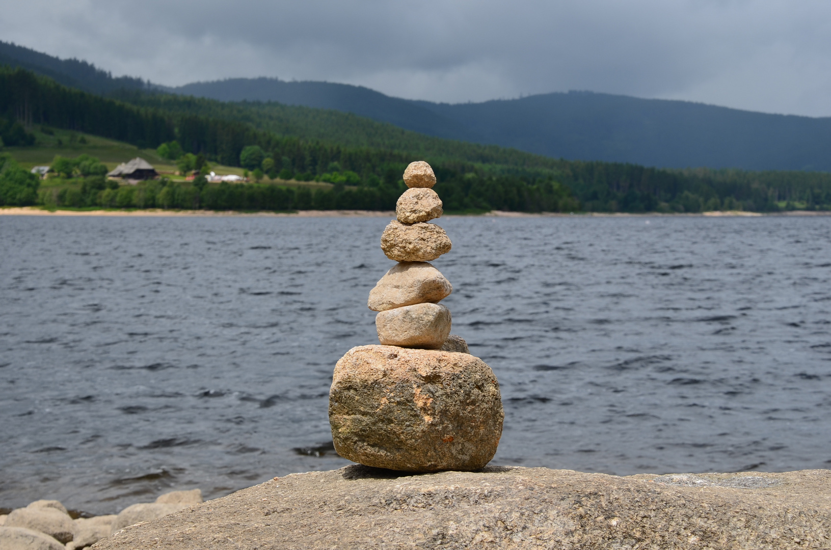 Steinturm am Schluchsee