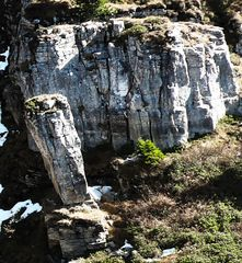 Stele di pietra in natura
