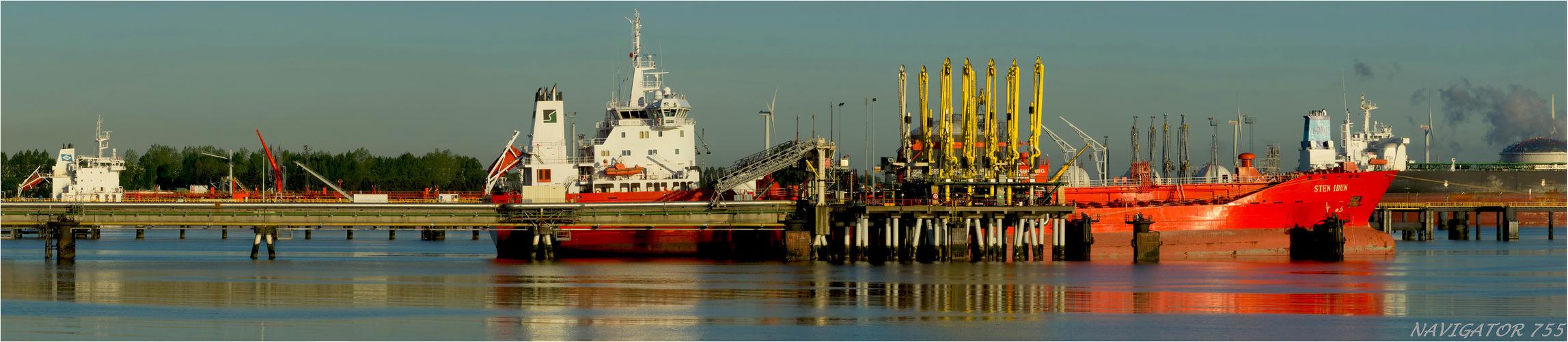 Sten Idun / Oil Tanker / Calandkanal - Rotterdam / Bitte scrollen!