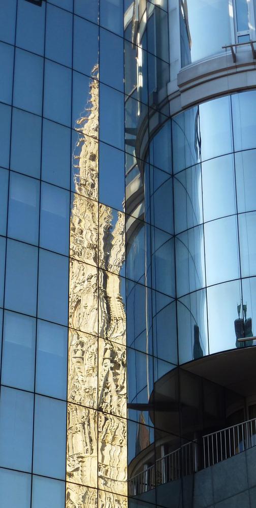 Stephansdom im Spiegel