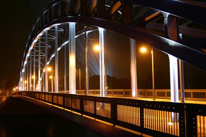 Sternbrücke in Magdeburg bei Nacht