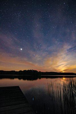 Sternenhimmel und Monduntergang in Brandenburg (Mochowsee)