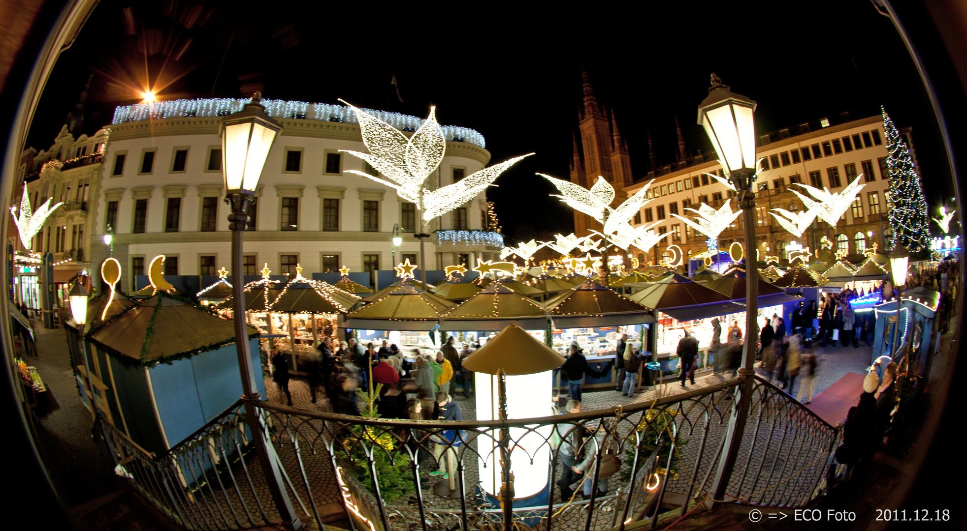 Sternschnuppen Weihnachtsmarkt in Wiesbaden