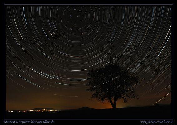 Sternstrichspuren über der Südrhön
