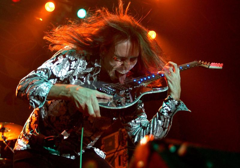 Steve Vai in Action