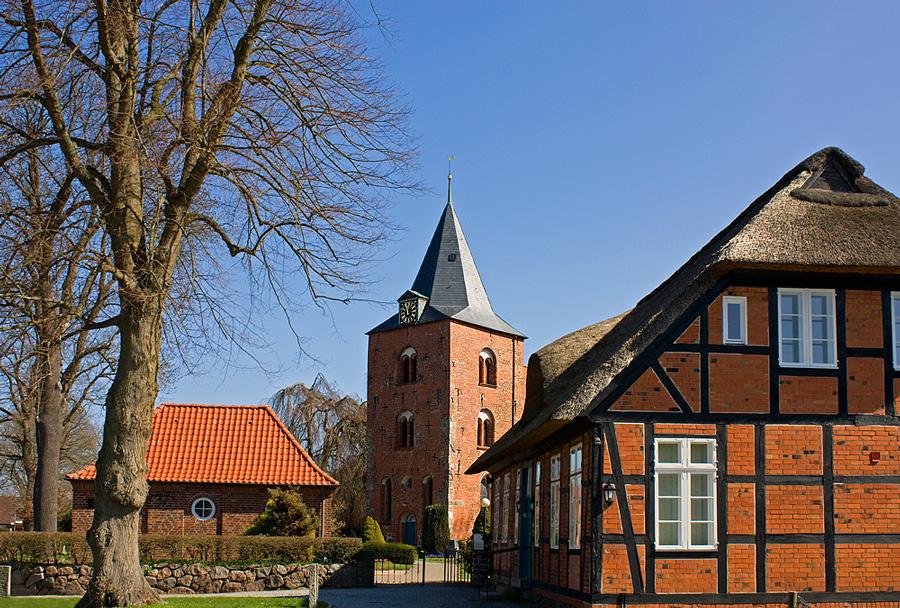 St.Georg Kirche (Genin)