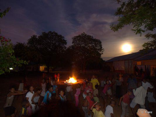 Stickbread Night in the Ombili Foundation Namiba