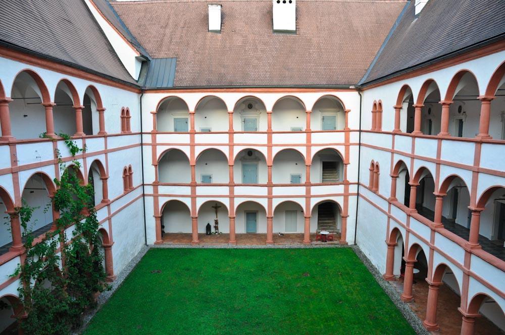 Stift Rein Innenhof