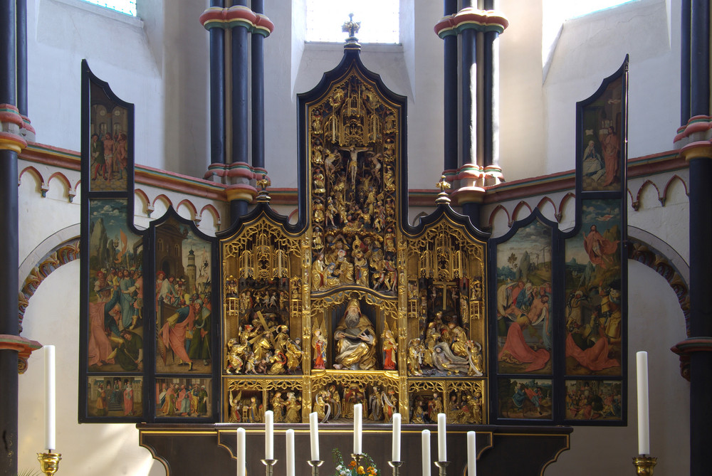 Stiftskirche St.Martin Münstermaifeld (Goldaltar)