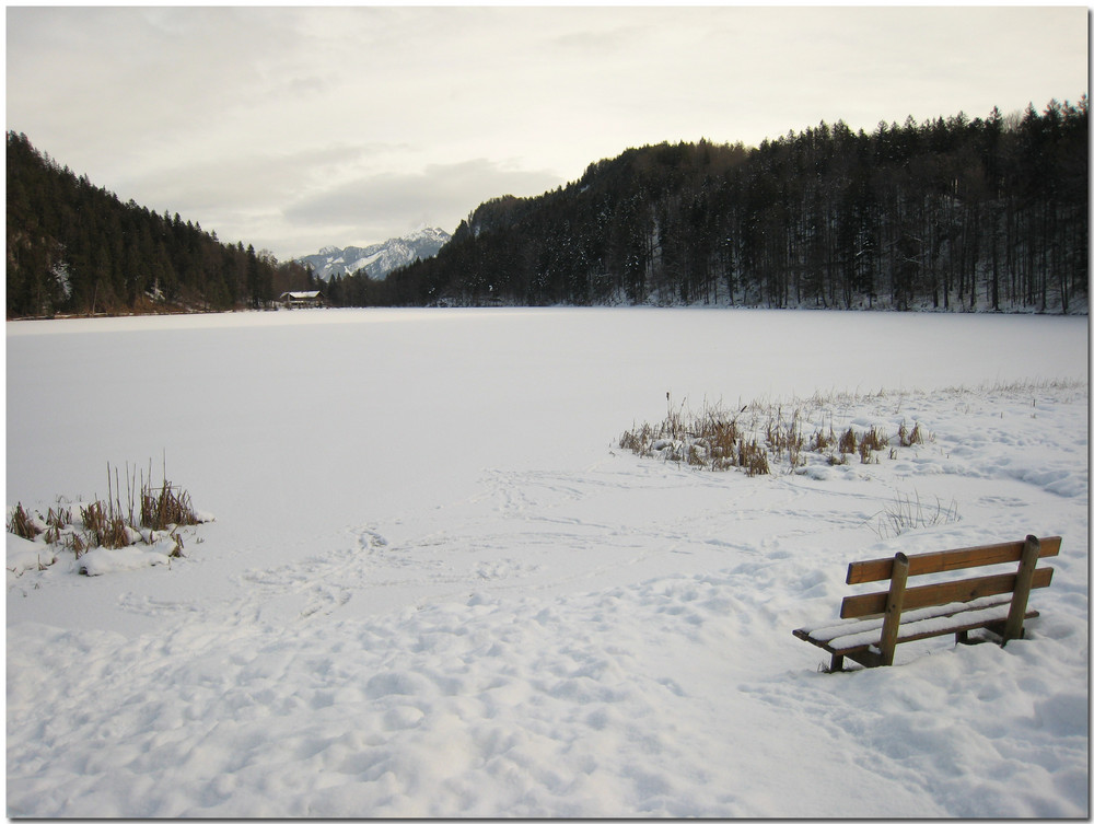 ... still und starr ruht der See