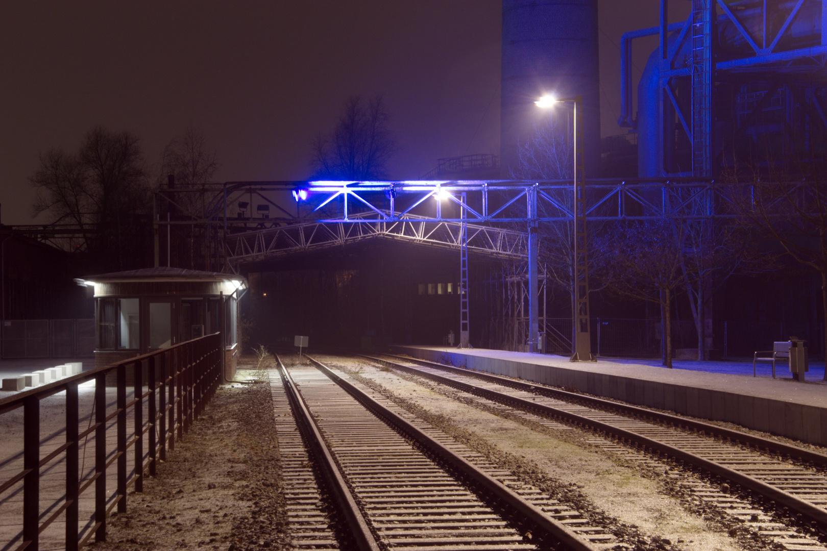 Stille Bahnstrecke im Hüttengelände