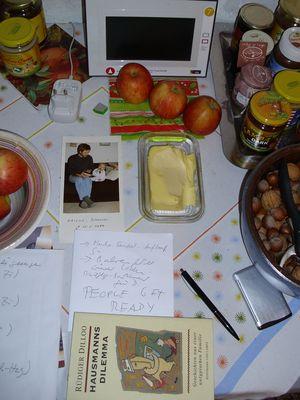 Stilleben des Küchen-Alltags - (BUTTER MUSS ATMEN KÖNNEN!)