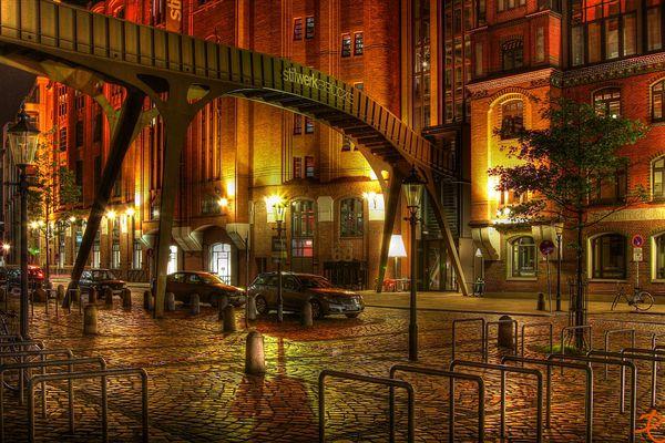 Stilwerk - Brücke