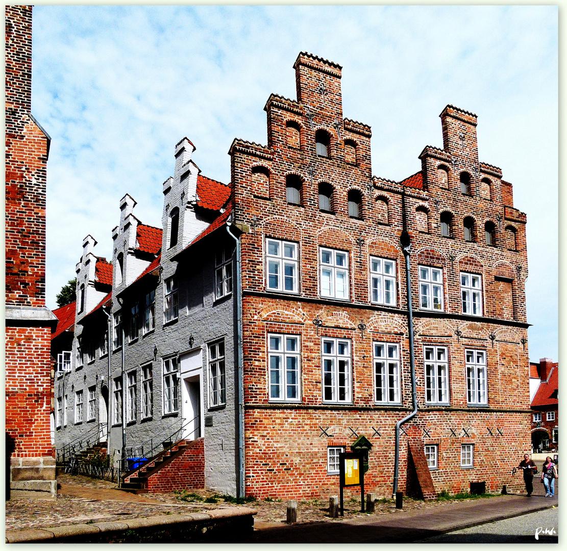 St.Jakobis Pastorenhäuserr ..