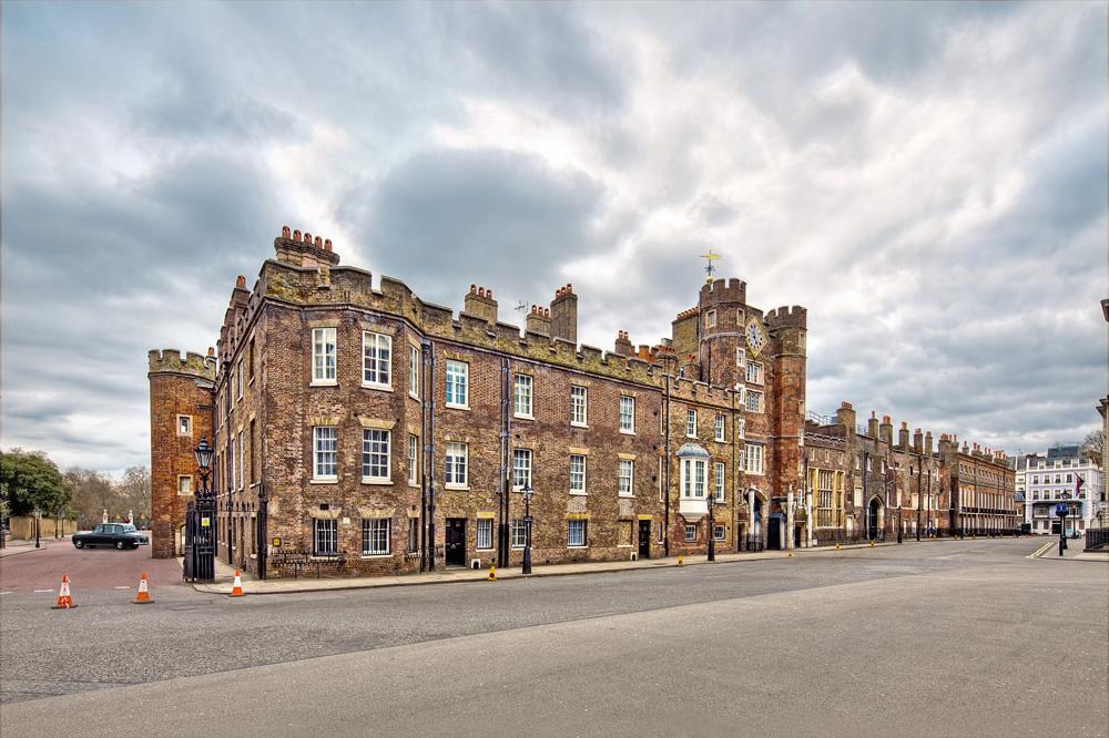 St.James's Palace...