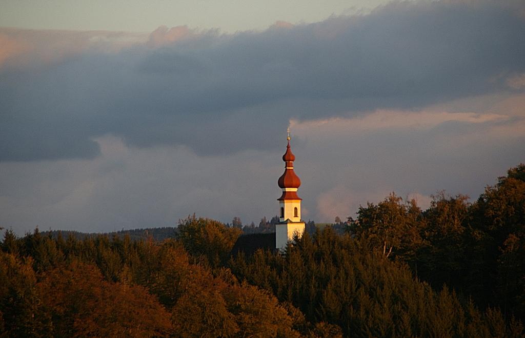 ...St.Johann am Berg..im Abendlicht