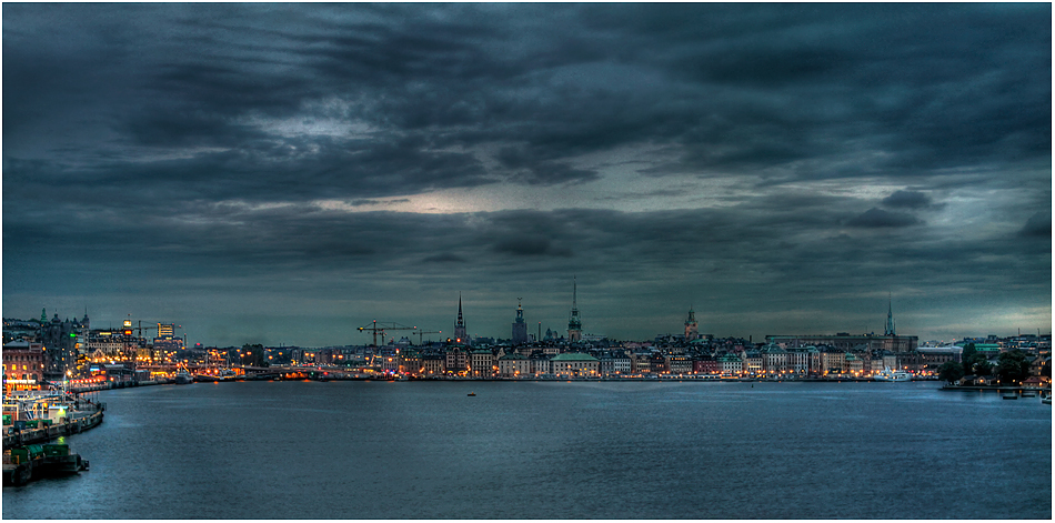 ... Stockholm ... am Abend ...