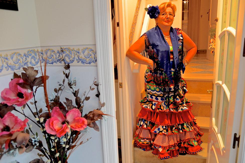 stolz im Flamenco-Kleid