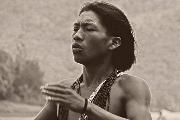 Stolzer Embera-Indianer