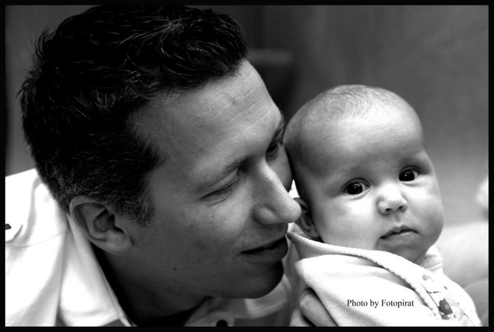 Stolzer Vater mit seiner Prinzessin...