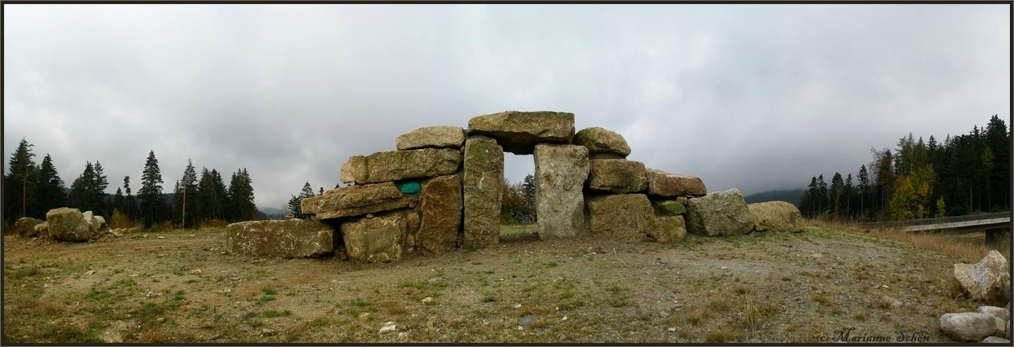 *Stonehenge*