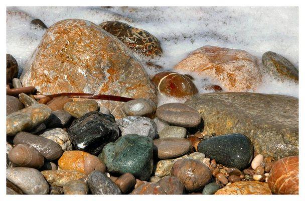 [...stones...]