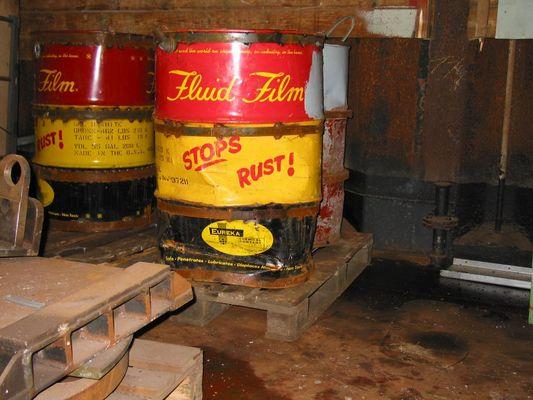 ...stops rust!