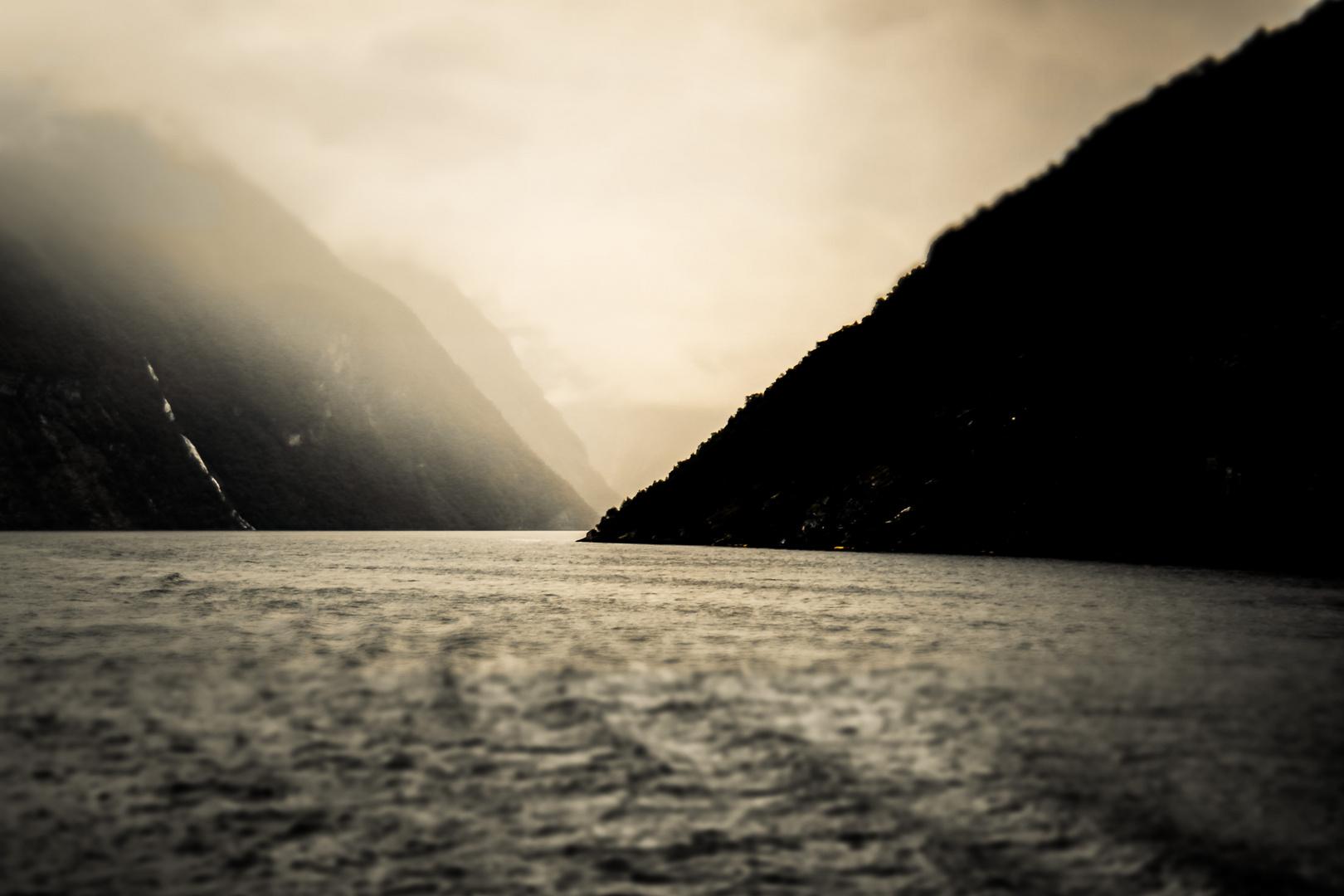 Storfjorden, Norwegen