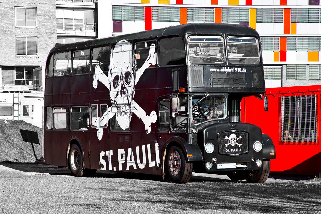 st pauli on tour foto bild bus nahverkehr bus. Black Bedroom Furniture Sets. Home Design Ideas