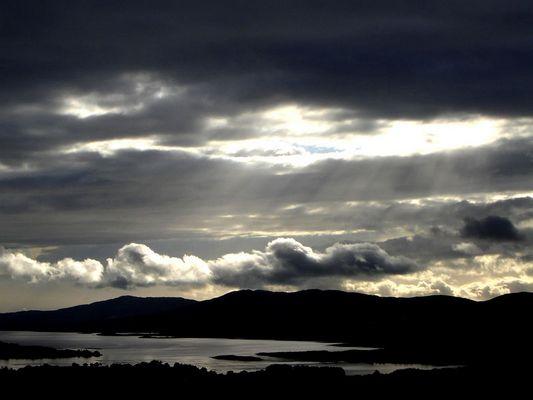 Strahlende Wolken